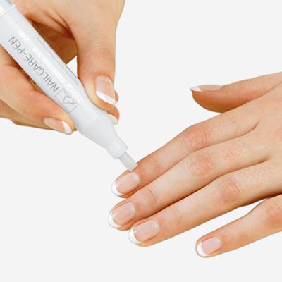 Anwendung-ERBE-Nagelhaut-Öl-Pflegestift